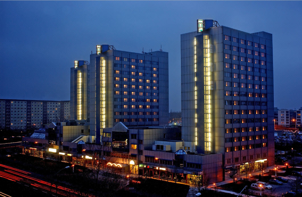 GRAND CITY EAST BERLIN